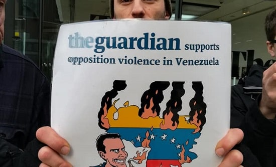 London RCG comrades picket the Guardian, 21 December 2018